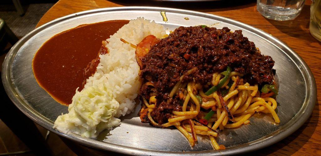 黒キーマカレー焼きスパ&カレー