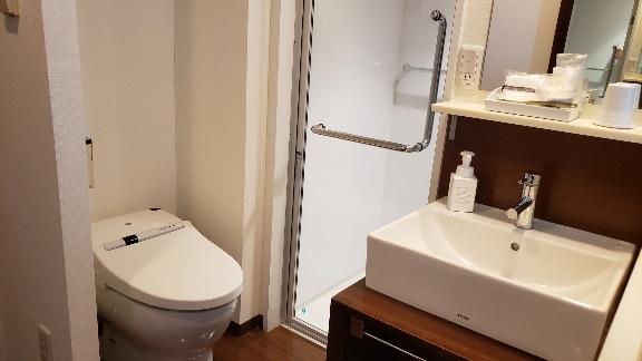 トイレにドアが無い